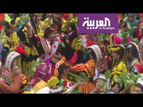 قبيلة باكستانية تحمي تقاليدها الفريدة من تطفل السًّياح