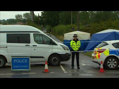 شاهد بريطانيا تُحقق في قتل ضابط أثناء تصديه لعملية سطو