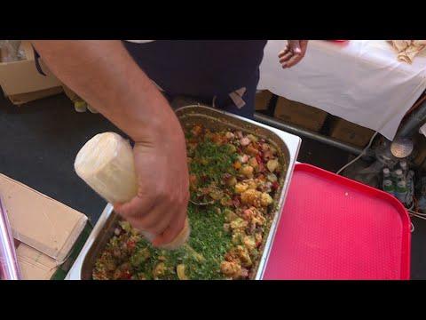 شاهد الطاهي في أفضل مطعم في العالم نجم مهرجان ليون لأطعمة الشارع