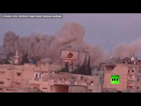 شاهد الجيش السوري يقصف مواقع المسلحين في معرة النعمان