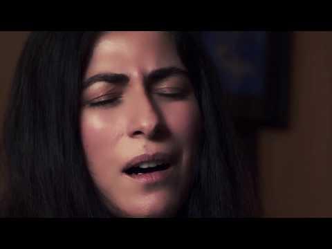 هبة القواس تتألَّق في ارتجالات موسيقية غنائية بالتعاون مع أبوظبي للثقافة والفنون