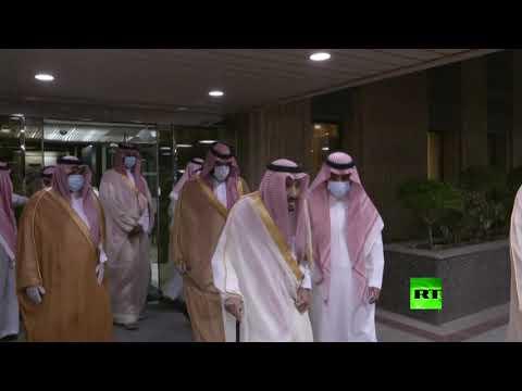 شاهد العاهل السعودي الملك سلمان بن عبد العزيز يغادر مستشفى