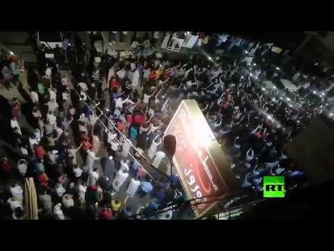 شاهد مظاهرات ليلية في الأردن تطالب بالإفراج عن المعلمين المعتقلين